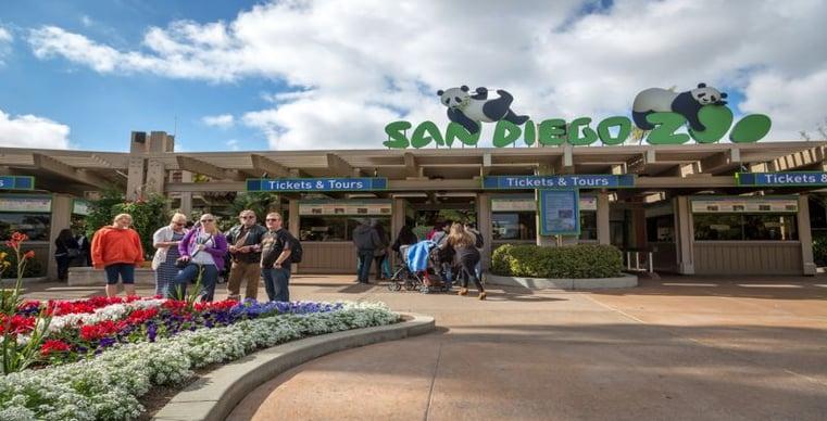 Entrance to San Diego Zoo-1