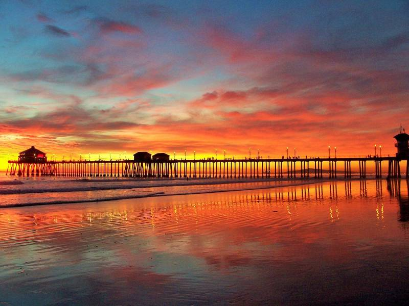 Huntington_Beach_Pier_Orange_County