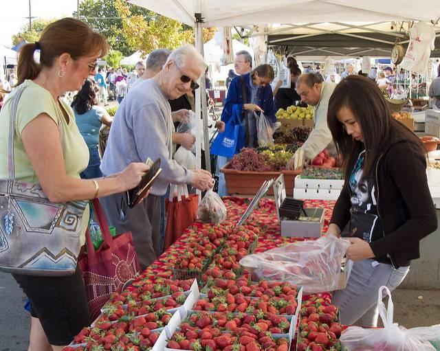 Sacramento_Farmers_Market